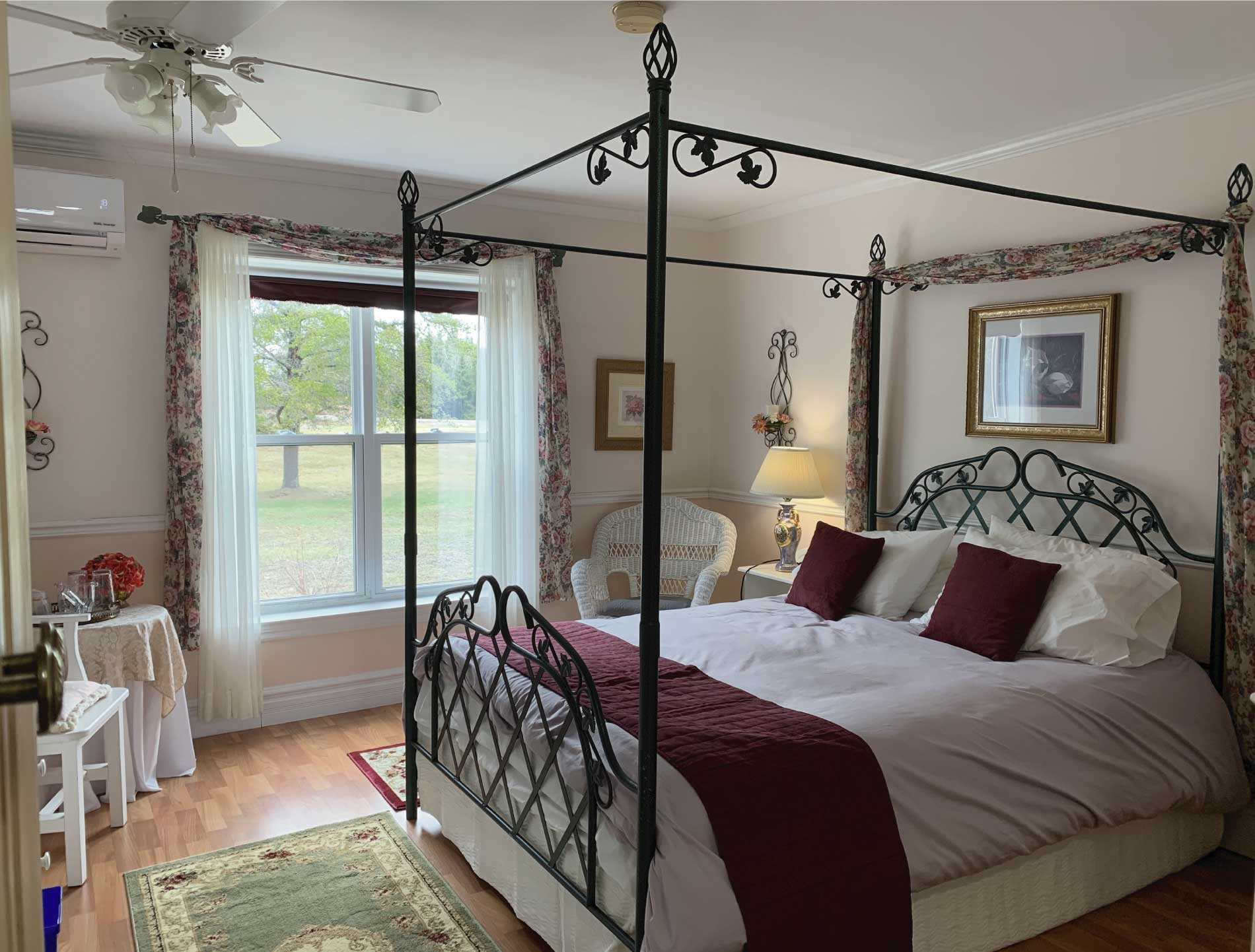 Enjoy our The Rose room